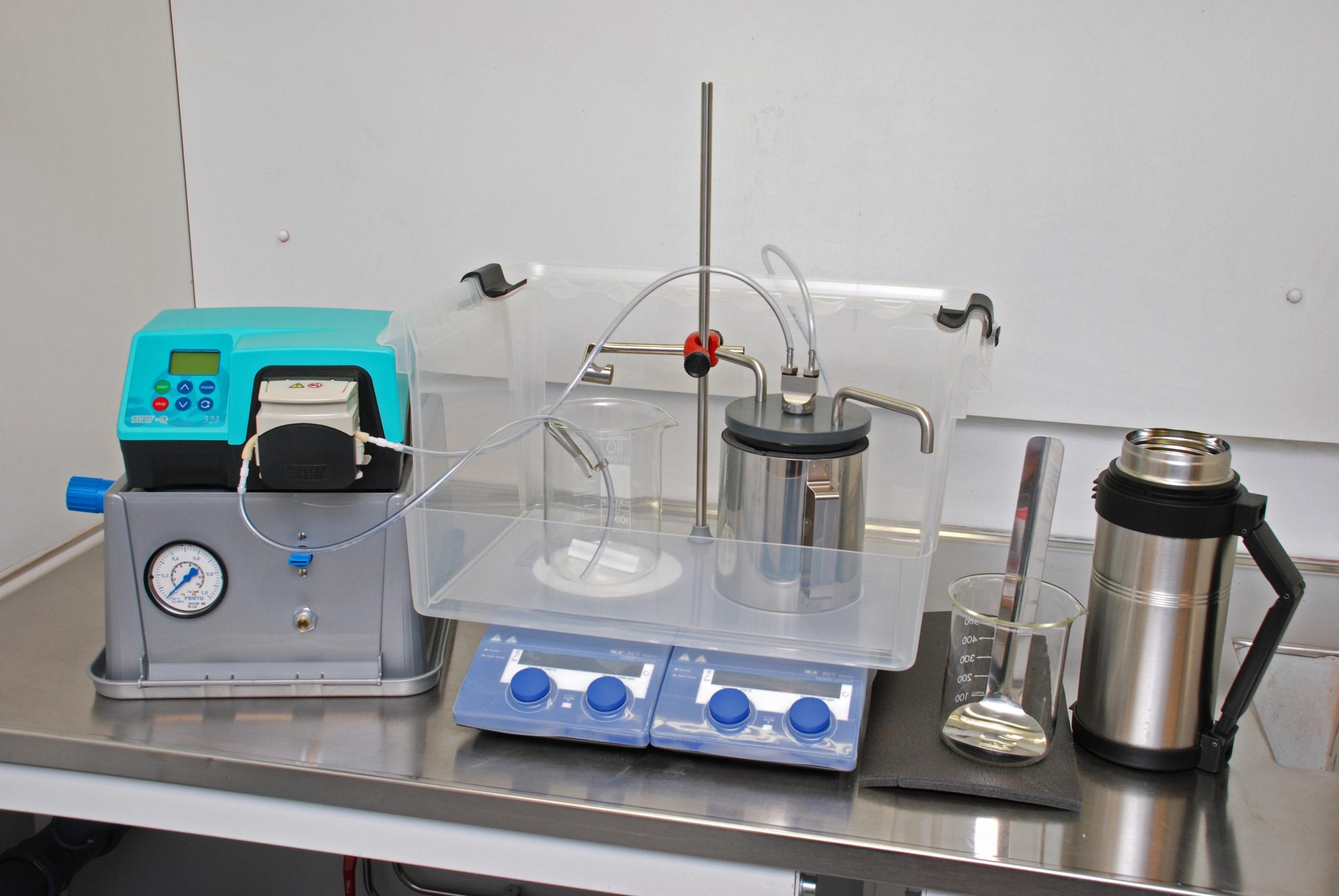 Lab scale granulator